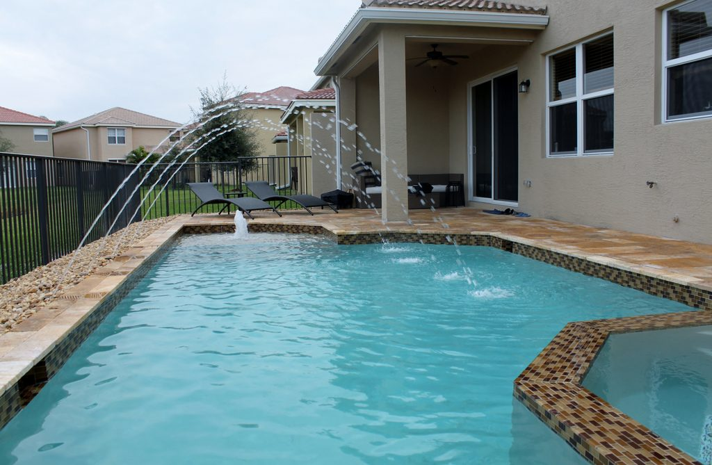 top rated pool contractor in maricopa county
