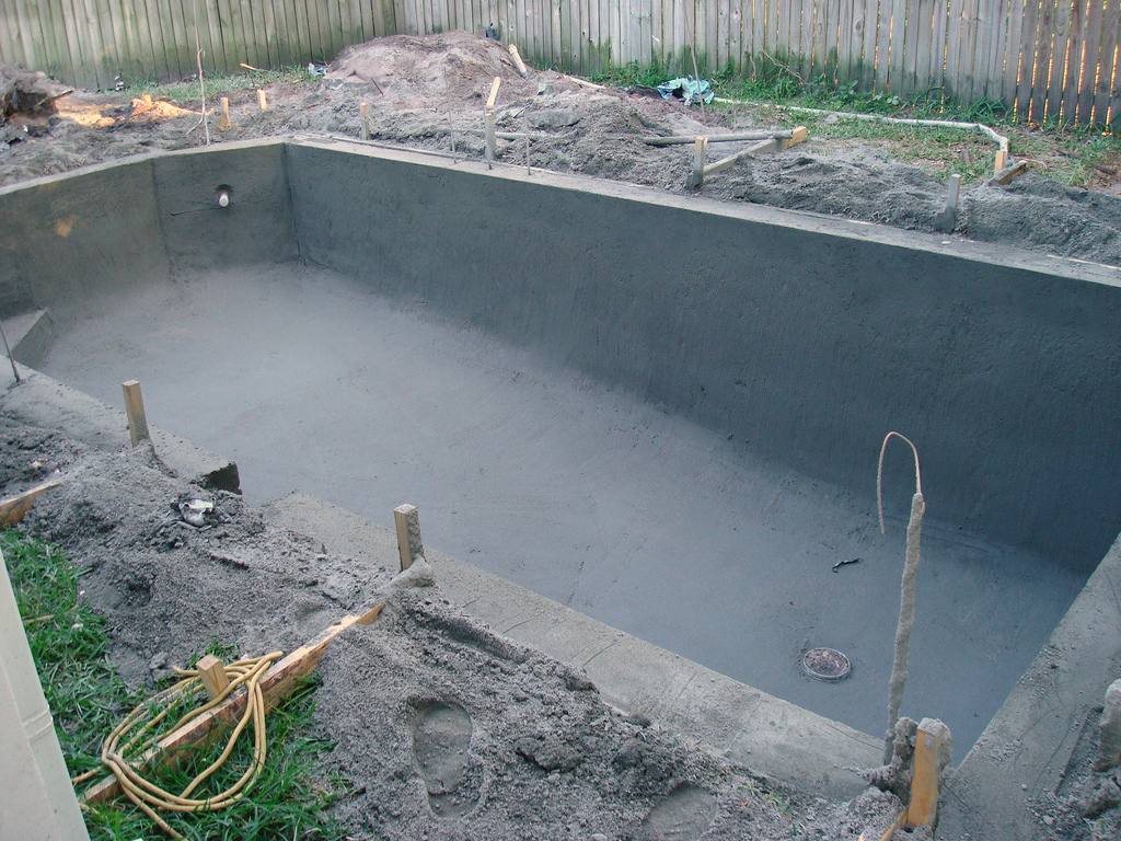 Phoenix Pool Instalation services by Phoenix Pool Builders