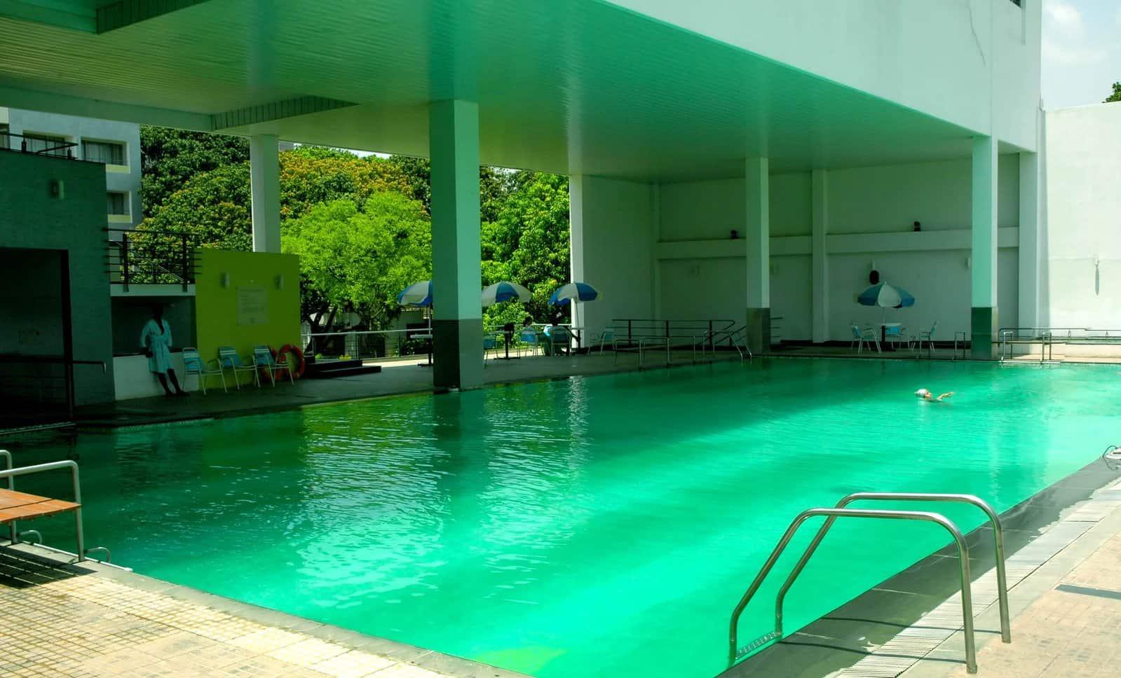 Pool installation company in Phoenix